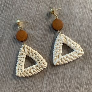 NWT WICKER / RATTAN EARRINGS - Wood With Triangle